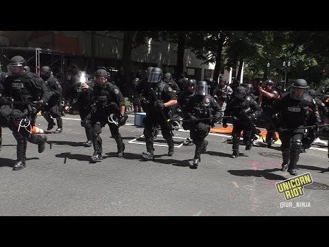 Anti-Racists Attacked by Police as they Oppose Patriot Prayer Rally in Portland