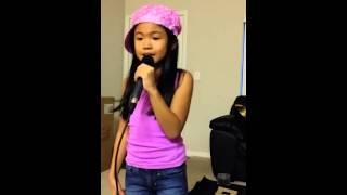 SINGING la love fergie