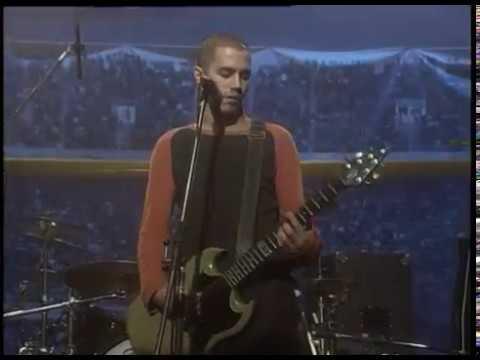 Attaque 77 video Espadas y serpientes - CM Vivo 1998