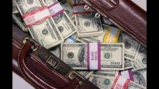 Антиквар получил доллары с монетизации канала за март месяц