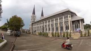 preview picture of video 'Catholic Cathedral in Chanthaburi, Thailand'