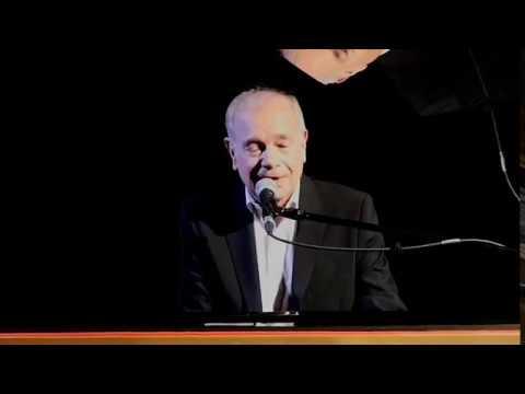 "Daniel Defilipi chante ""Tu es là"""