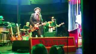 Elvis Costello - Watching the Detectives Extended version