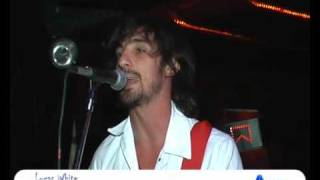 Lucas White / www.ayresfilms.com.ar