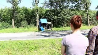 preview picture of video 'Stary Żmigród: Zderzenia ciągnika i lawety'
