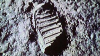 21 luglio 1969, l'uomo cammina per la prima volta sulla Luna
