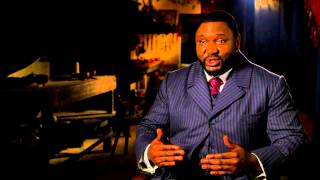 "Сериал ""Дракула"", Dracula (NBC): Nonso Anozie ""R.M. Renfield"" Official TV Interview"