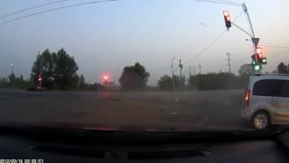 Страшное ДТП с участием авто и мотоцикла
