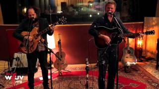 "Josh Ritter - ""Getting Ready to Get Down"" (Electric Lady Sessions)"