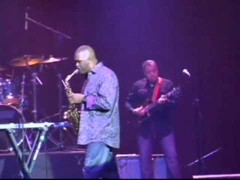 """Reggie Rajah Helm Performs """"Straight To The Heart"""" Live At The Regal"""