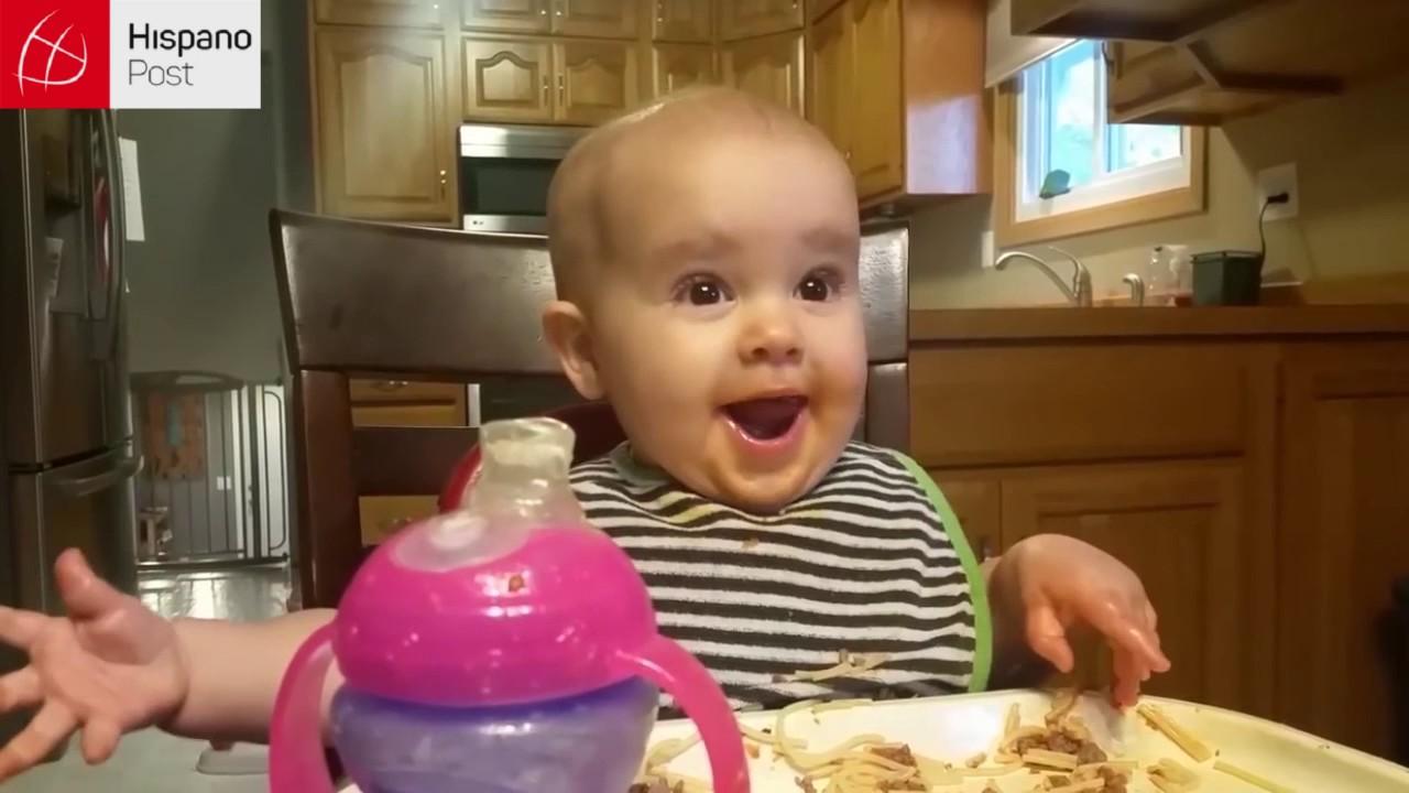 La risa malvada de una bebé se esparce por la red