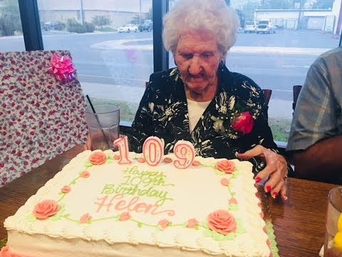 A restaurant gave a birthday discount to 109-year-old woman — and ended up owing her money