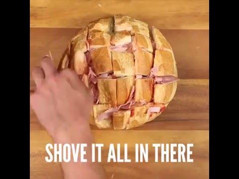 Ypatinga duona – su vištiena, kumpiu ir sūriu