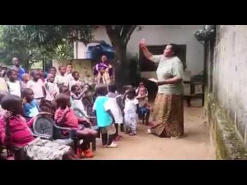 """Il messaggio dei bambini dallo Zambia: """"Forza Italia"""""""
