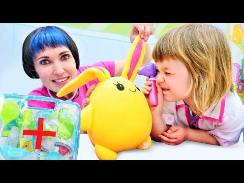 Доктор Бьянка и Маша Капуки лечат Лаки! - Весёлые игры доктор в видео шоу Привет, Бьянка!