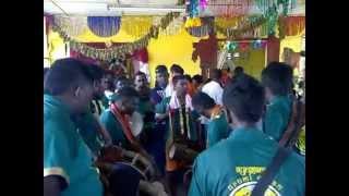 preview picture of video 'Ayngaran Urumee Melam At Kuala Kangsar 2012 (1)'