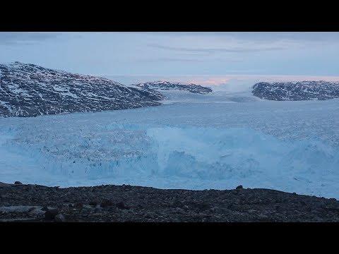 Massive Iceberg Calving in Greenland