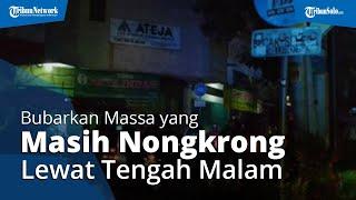 Polisi Bubarkan Massa yang Masih Nongkrong Lewat Tengah Malam di Kota Solo