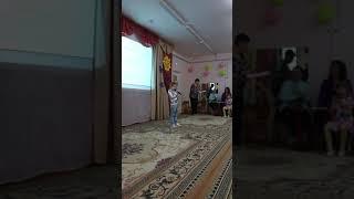 """Денис Люлюшин популярный """"Лунатик""""."""