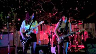 "Those Darlins - ""Red Light Love"""