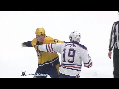 Patrick Maroon vs Cody McLeod