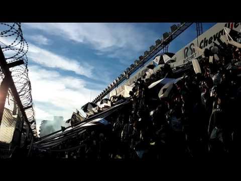 """""""Recibimiento en el clásico II"""" Barra: La Peste Blanca • Club: All Boys"""