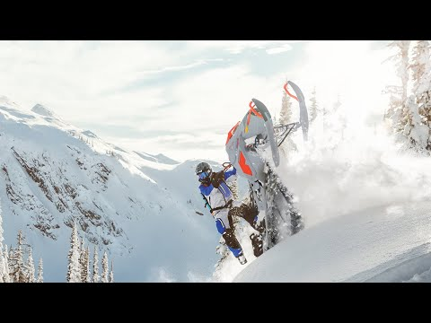 2021 Ski-Doo Summit X Expert 165 850 E-TEC Turbo SHOT PowderMax Light FlexEdge 3.0 in Sacramento, California - Video 2