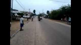 preview picture of video 'stunt bike a grand bassam'