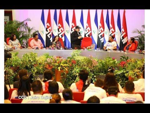 Presidente Daniel Ortega y vicepresidenta Rosario Murillo clausuran XVI Congreso de la UNEN