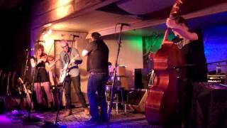 "Steve Earle & the Dukes ""Forty-Four"""