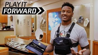 Chris Carson trains in a boxing ring, buys $5k one-of-a-kind necklace for his mom | Play It Forward