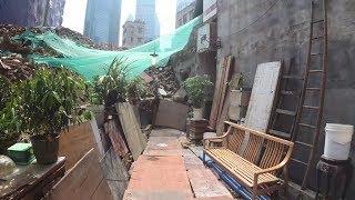 Китай. Среди руин и мусора живут люди. Трущобы на золотых квадратных метрах
