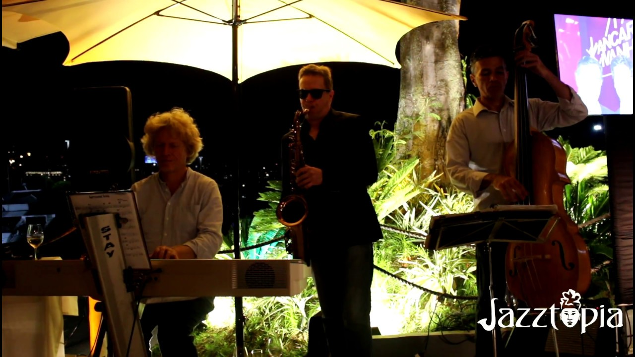 Jazztopia Trio no Bota Restaurante