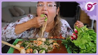 Noodle salad with shrimp and pla ra! Great & Spicy (How to cook vermicelli) | Yainang