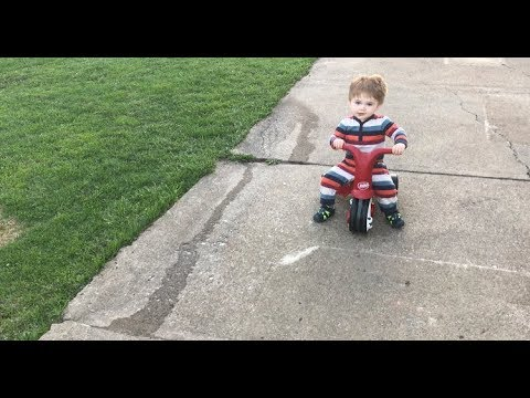 Radio Flyer Scoot 2 Pedal (Video for Parents)