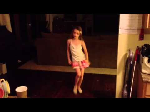 Hanna's Eyes Dance