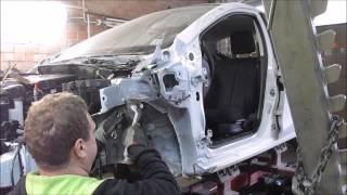 Mazda 2. The body repair. Ремонт кузова.