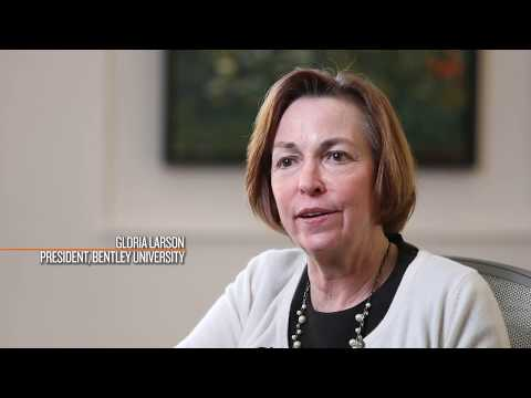 Watch how HubSpot & Bentley University have partnered to keep students up-to-date with current marketing trends.