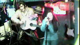 Vanessa singt von MARK CHESNUTT I DON'T WANT TO MISS A THING