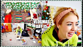 CLEANING MY HAMSTER CAGES & CHRISTMAS CAGE TOURS! | Vlogmas