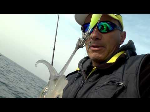 Russo che pesca in 3 video di Creta orientale