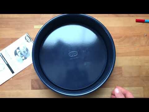 Ersteindruck: Dr. Oetker Emaille Kuchenform Hebeboden - Kratz- und Spülmaschinenfest