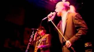 Cheap Trick - He's A Whore - Live @ Beach Club, Las Vegas 9-5-96
