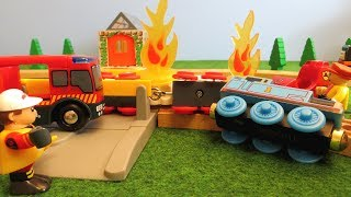 Thomas and Friends The Train Crash Fire Engine Brio Trains for Kids Wooden Railway Toy Tank Engine