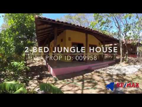 2-Bed Jungle House at Mango Rosa