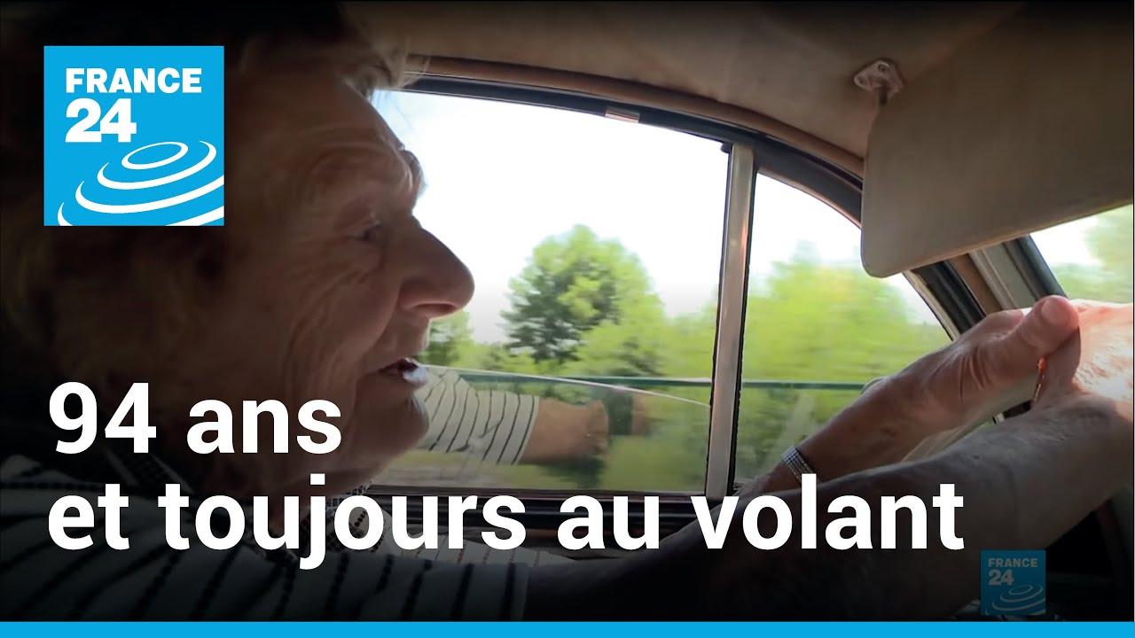 94-летняя женщина до сих водит одну и ту же  машину с 1954 года