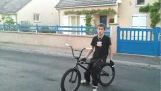 preview picture of video 'BMX Hoffman Ontic 2012_tutoriel_Bunny-up'