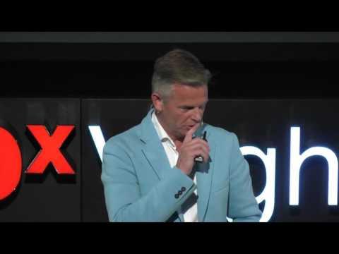 De controversie: met geluk geld verdienen | Bob Hutten | TEDxVeghel