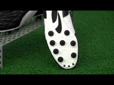 Puma King Top di FG Video Review - SoccerPro.com