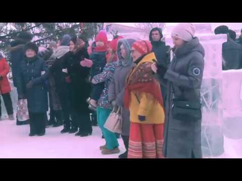 Главный новогодний рождественский праздник собрал сотни Караидельцев на главной площади.
